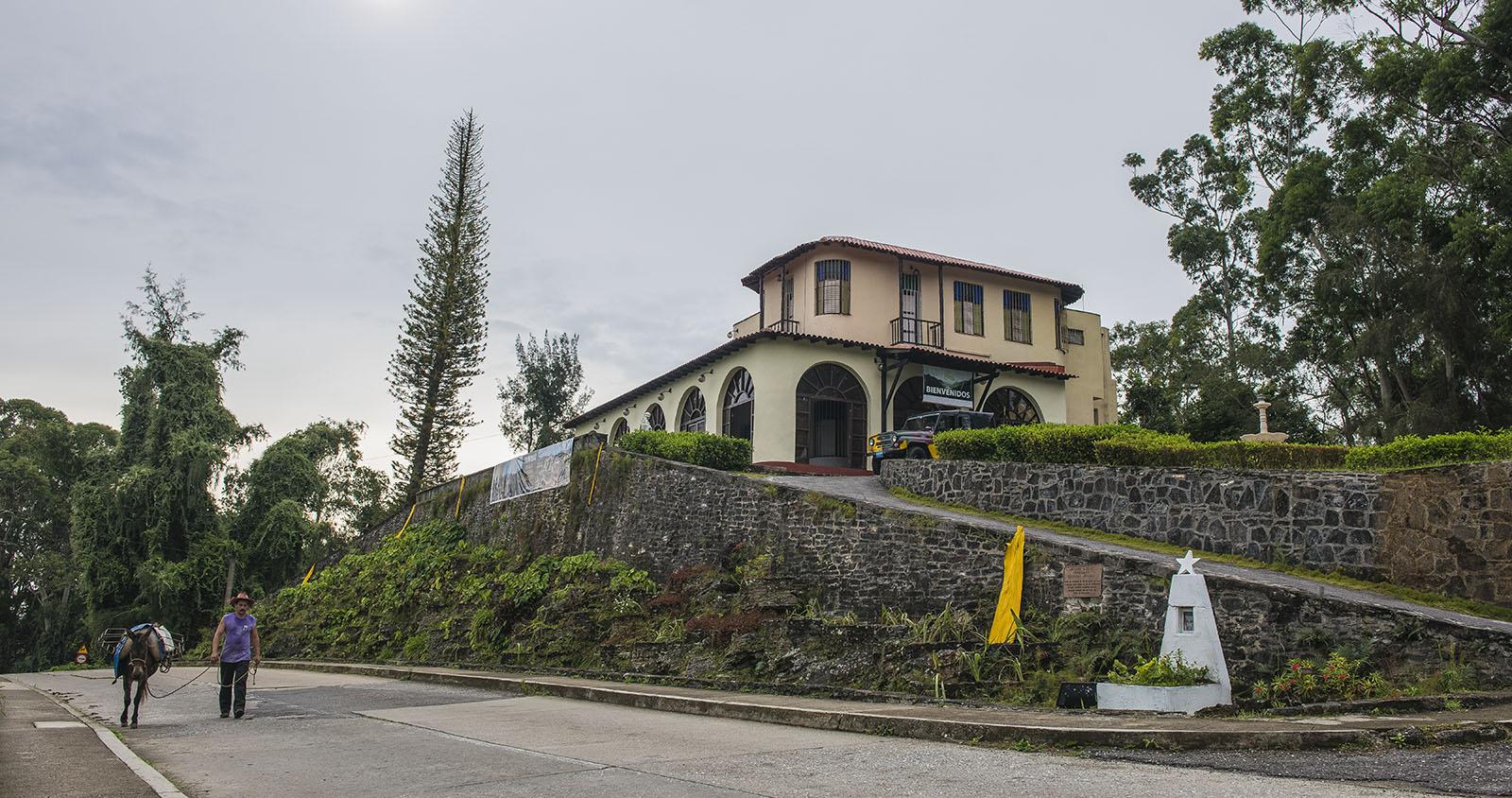 Trinidad, Tope de Collantes, Hotel Los Helechos