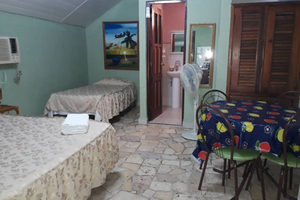 2- Cabaña independiente con cocina
